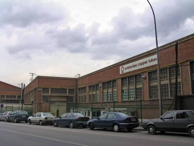 Pradera Hnos. y Cía, Fabrika