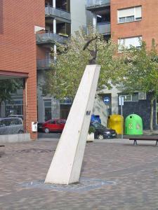 Monumento Homenaje a Pinceles