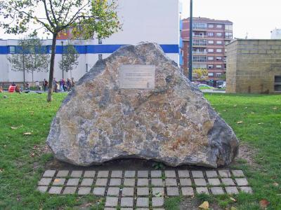 Monumento a los Voluntarios de Basauri