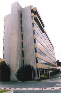 Empresa firestone for Oficinas adolfo dominguez madrid